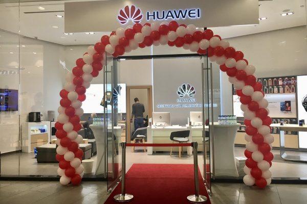Huawei otvírá v Quadriu své první zákaznické centrum v Česku