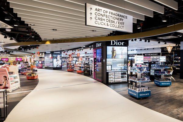 Letiště Václava Havla otevřelo svůj největší duty free shop