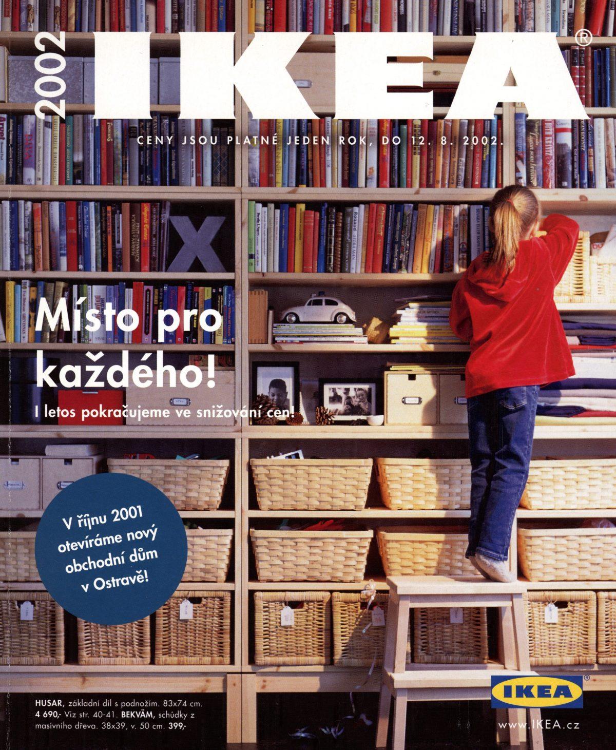 Katalog, který prezentoval zboží pro rok 2002