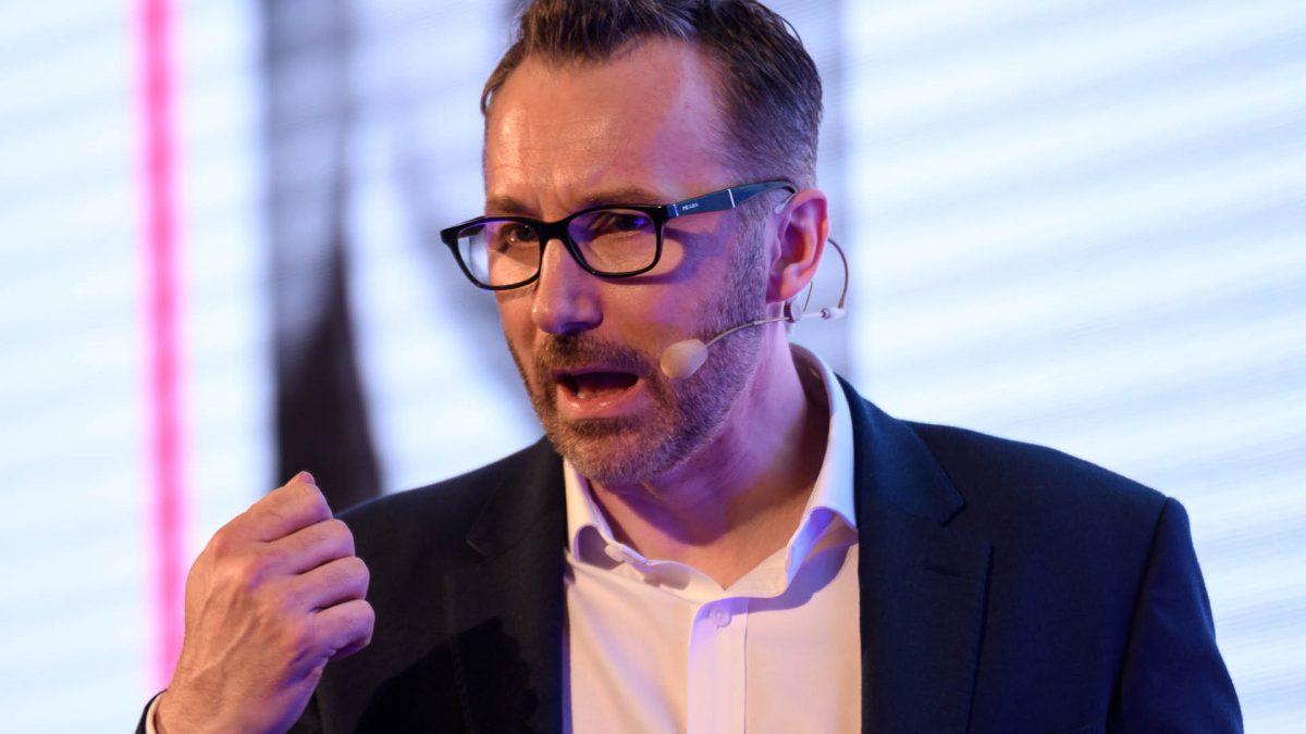 Sean Curley věří, že brzy budou fungovat například i samopilotovací letadla. Foto: P3 konference