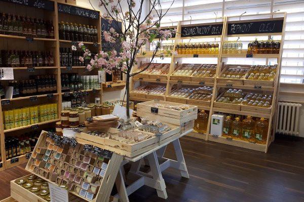 Výrobce jedlých olejů Fabio Produkt otvírá vlastní prodejny regionálních potravin