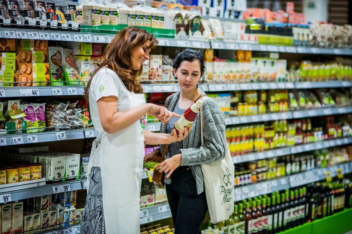 Oddělení se zdravými potravinami nebo pro speciální diety je v rámci hypermarketu novinkou