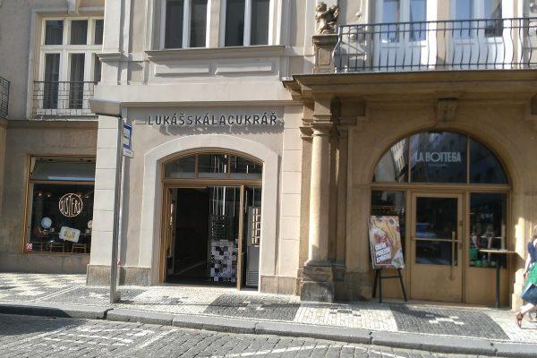 Gastroskupina Together otvírá v pražské Dlouhé prodejnu kremrolí