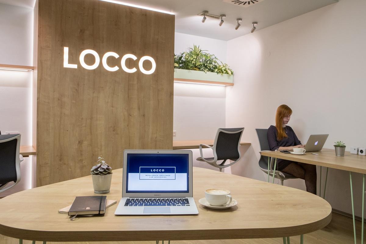 Sdílená pracovna Locco funguje v prostorách pražského Friends Coffee House