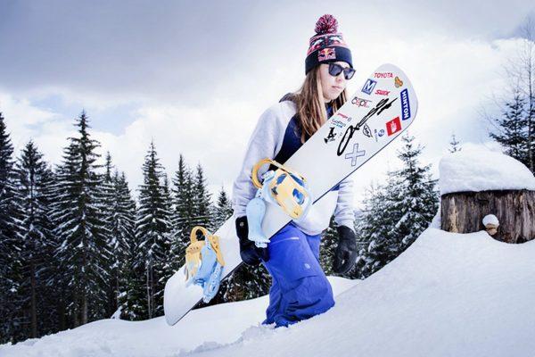 Red Bull uvedl plechovky s tváří snowboardistky Samkové