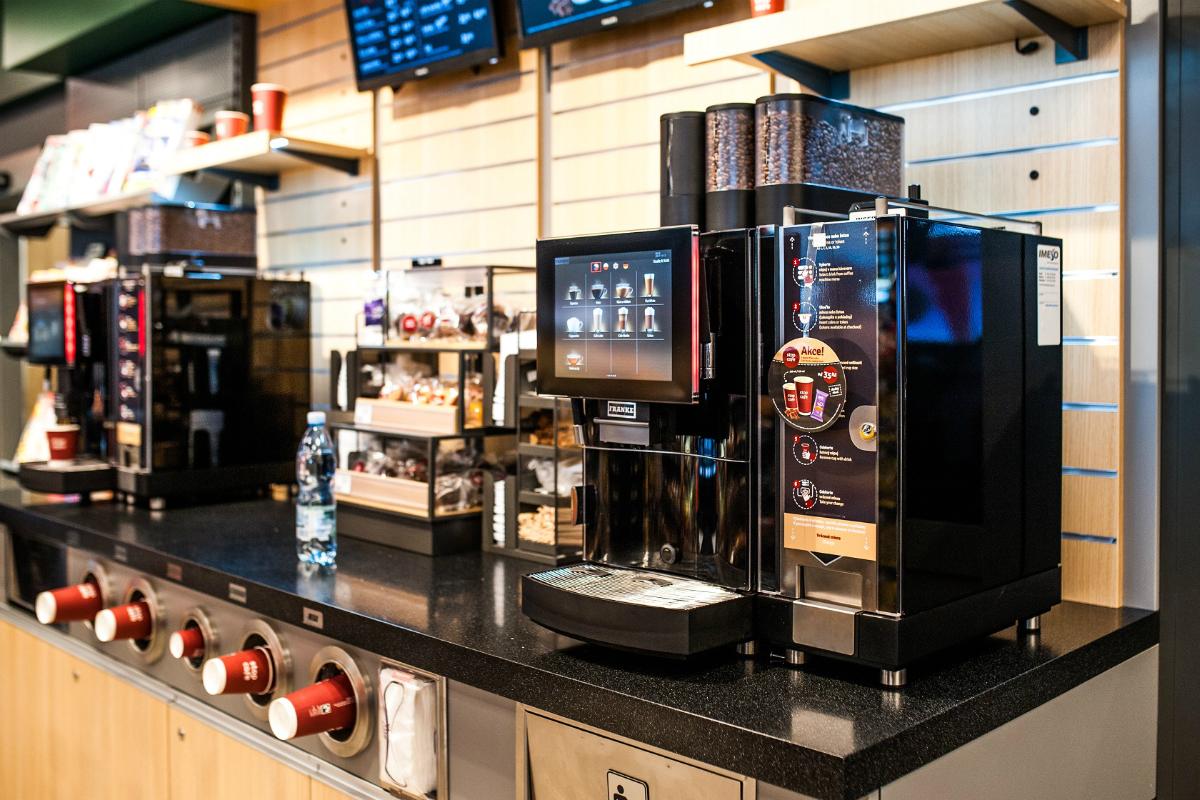 Na Benzinách bude vonět káva, o Vánocích chystají skořici