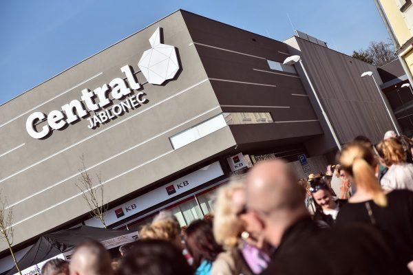 V Jablonci nad Nisou otevřelo nové nákupní centrum Central Jablonec