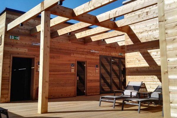 Centrum Černý Most otvírá na střeše saunový svět Saunia