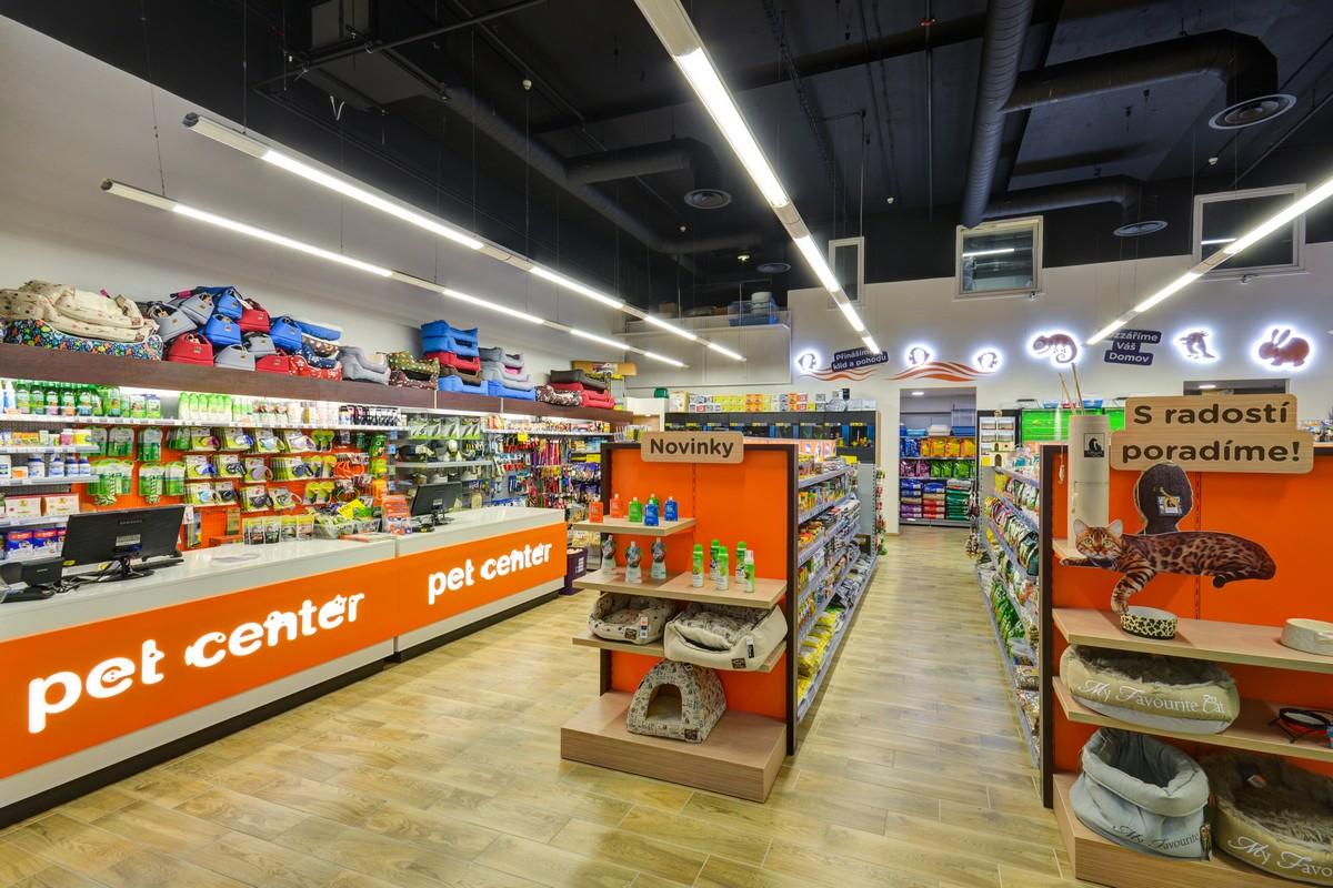 Nově zrekonstruovaná prodejna v obchodním centru Nový Smíchov