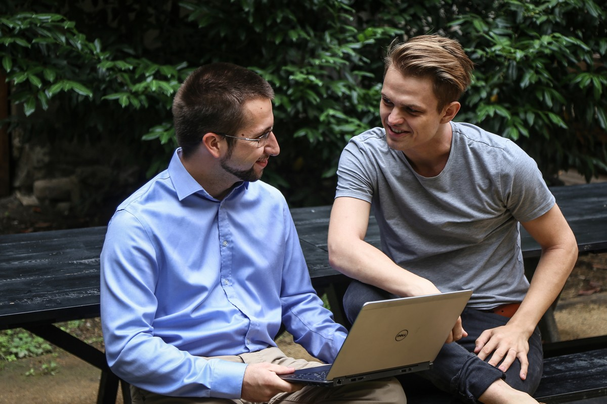 Zakladatelé startupu Sens Daniel Vach (vlevo) a Radek Hušek