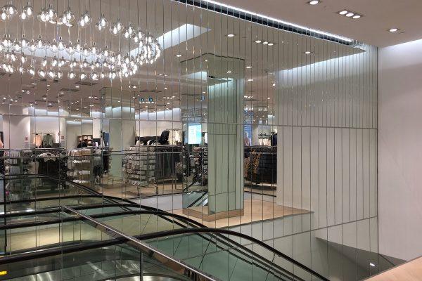 H&M otvírá na pražských Příkopech přestavěnou vlajkovou prodejnu