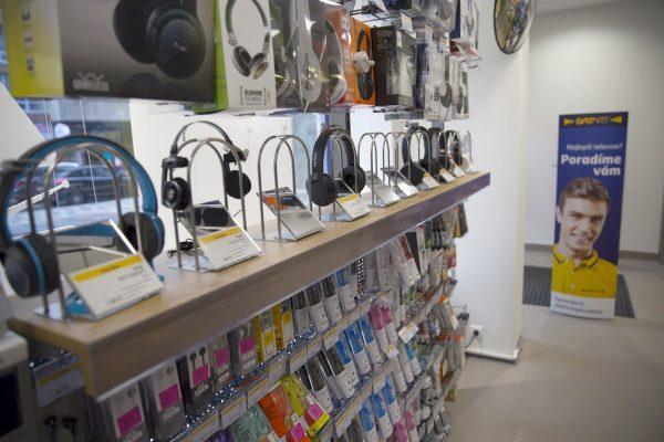Majitel obchodů Datart a Euronics převzal pětici prodejen Z-Emos