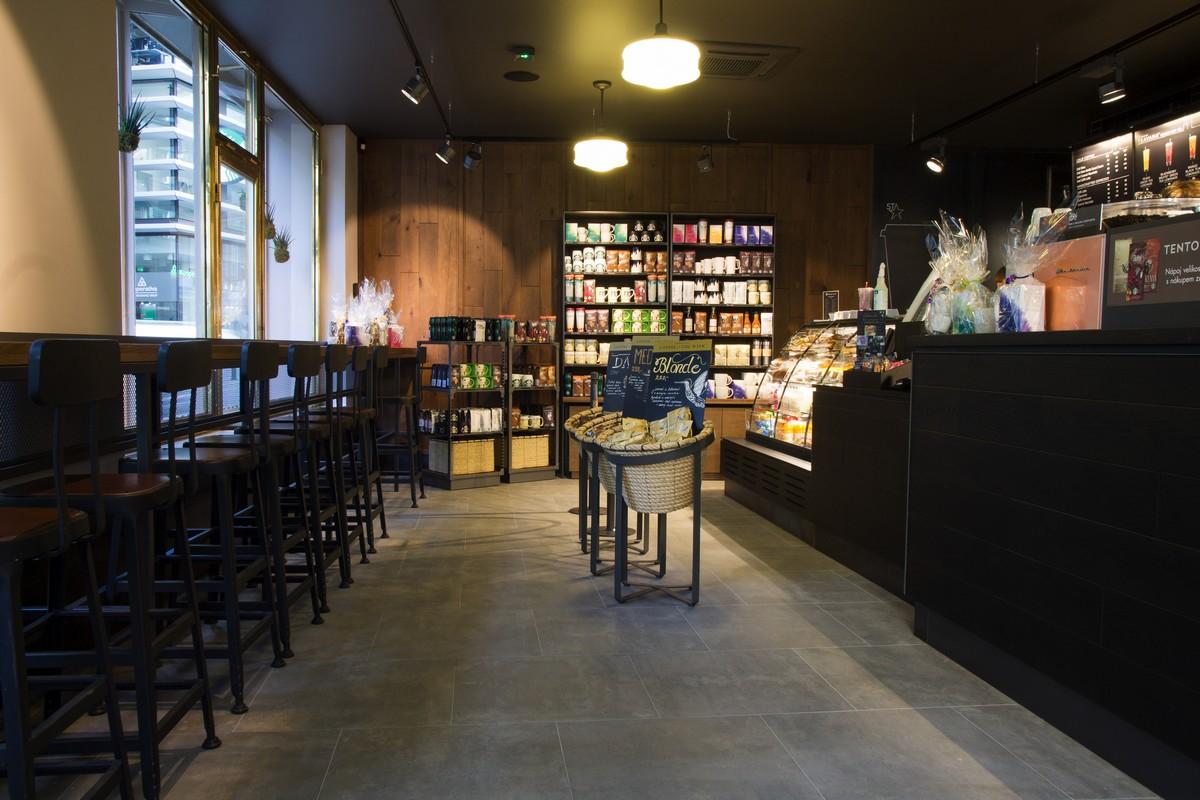 Nová kavárna Starbucks v ulici Spálená