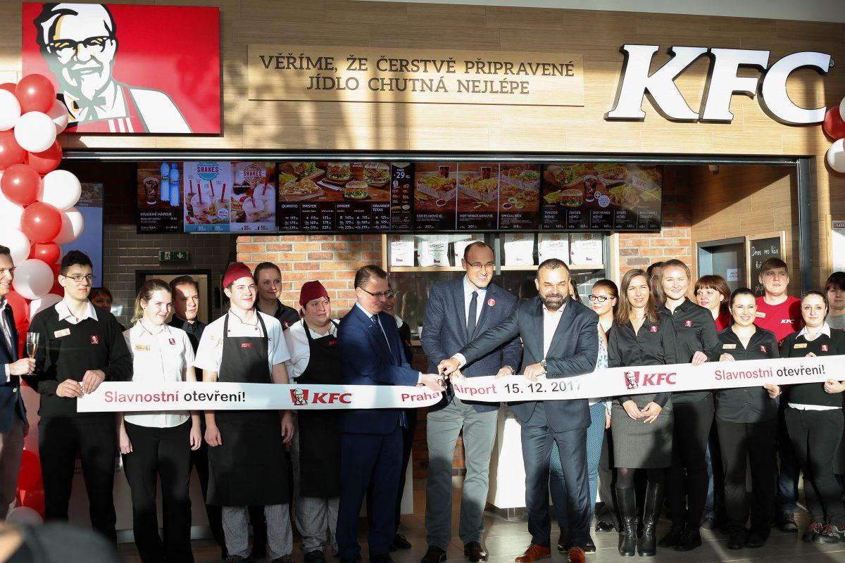 Nová restaurace KFC na pražském letišti