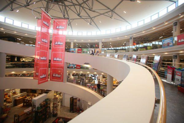 Kika přestavěla prodejnu v Čestlicích. Přidá tři nové a e-shop