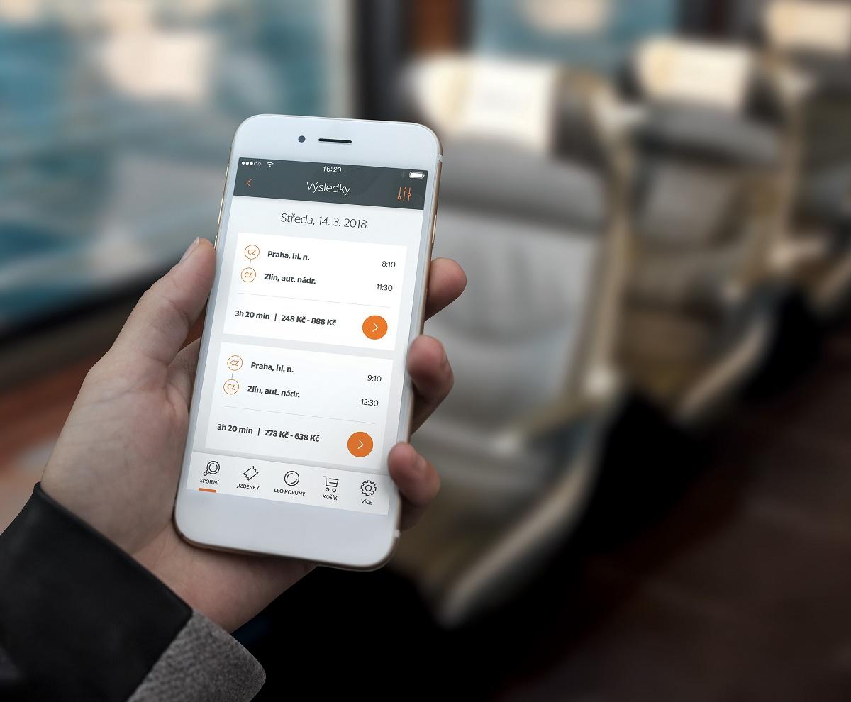 Aplikace vyhledá konkrétní spoje a zobrazí časy příjezdů, odjezdů i zpoždění