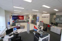 Moneta Money Bank má v Litoměřicích dvacátou pobočku v novém designu