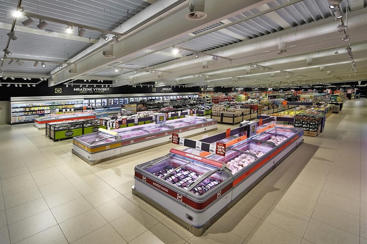 Úsek čerstvých potravin v novém Lidlu