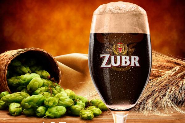 Pivovar Zubr slaví 145 let: na trh uvádí tmavý speciál