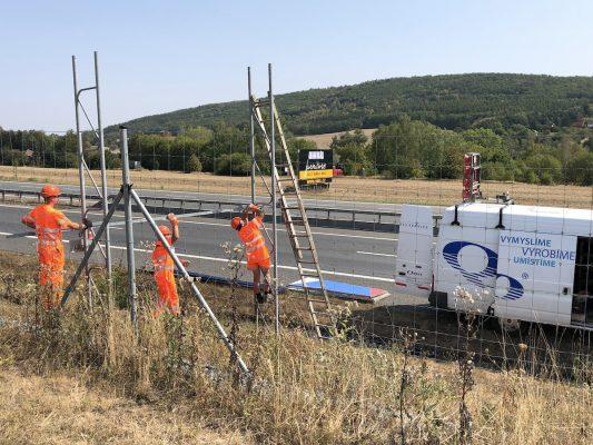 U dálnic zbývá přes 600 nelegálních billboardů