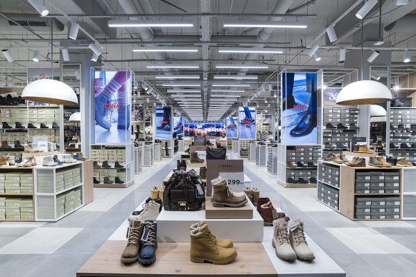 CCC přemístila a rozšířila prodejnu v Centru Zlín, je druhá největší v Česku