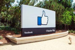 Facebook nabízí redakcím školení a milion korun