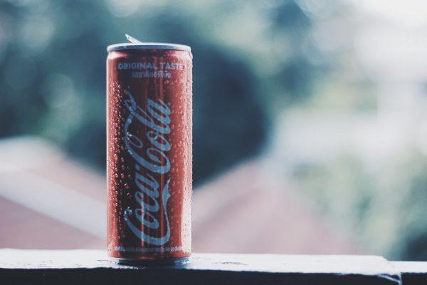 Coca-Cola si najala Atos, chce mít po Evropě chytré chladící boxy