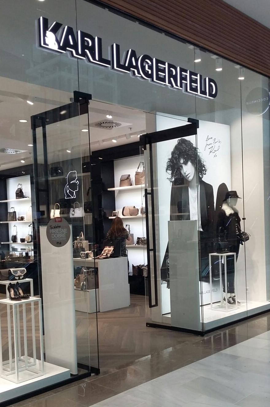 Prodejna značky Karl Lagerfeld v bratislavském Auparku