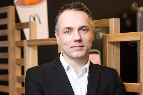 Petr Zlínský, dosud šéf rozvoje franšíz McDonald's, je teď sám franšízant