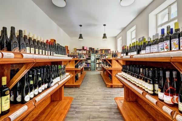 Dovozce a distributor vín Global Wines otevřel svou první prodejnu v Brně