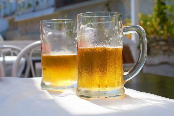 Co pít v létě: pivovary uvádějí na trh hlavně ležáky a cidery