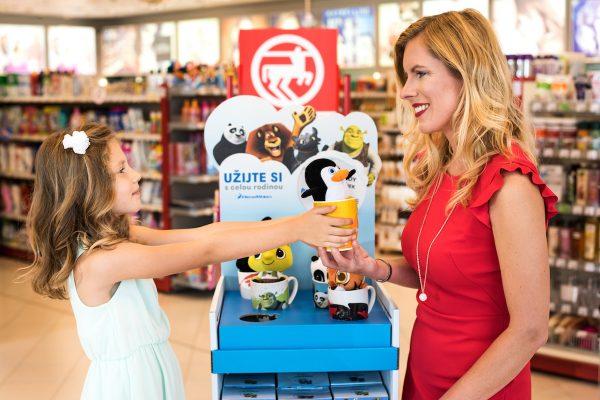 Rossmann spouští vánoční věrnostní kampaň, s plyšáky od DreamWorks