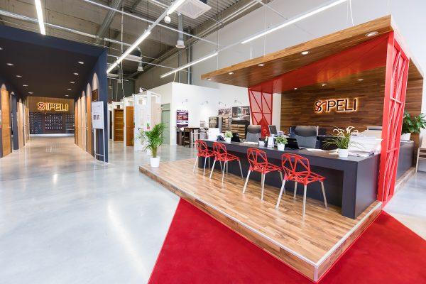 Sapeli má v Brně první showroom v novém, opačný než dosud