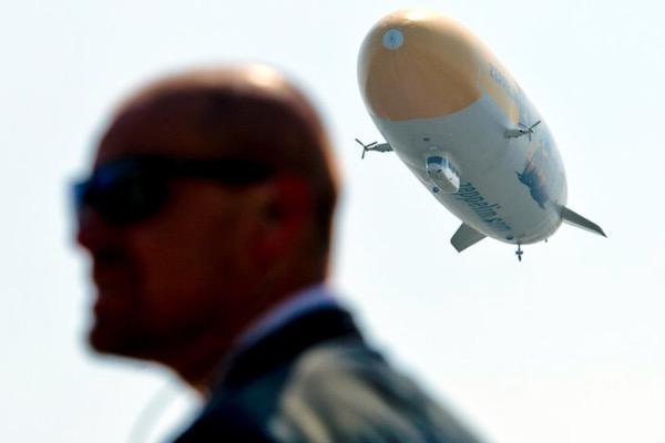 Let Zeppelinu nad Prahou zpropagovala Nedori