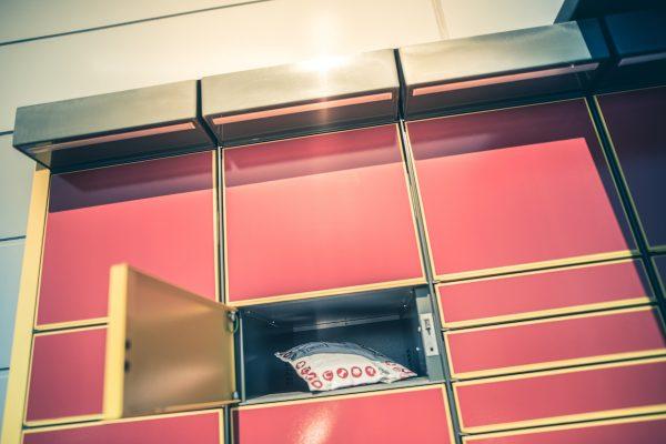 Mall Group kupuje od Poláků stovku Poštomatů, udělá z nich Mall Boxy