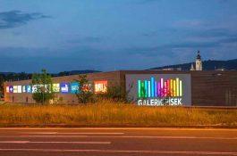 Galerie Písek po roce a čtvrt provozu prodána, koupil ji realitní fond Raiffeisen