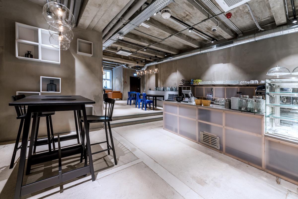 Součástí konceptu Ikea Point byla i kavárna