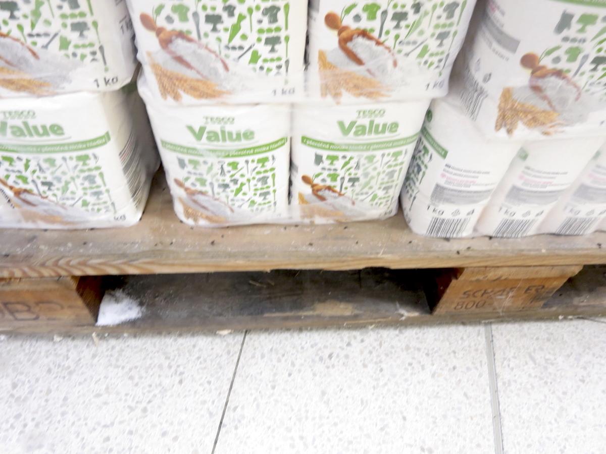 Co viděla potravinářská inspekce v Tesku v Chebské ulici v Aši