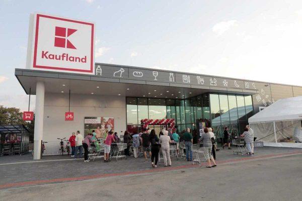 Kaufland prodává vůbec nejlevněji Gambrinus desítku, Globus kokosové mléko