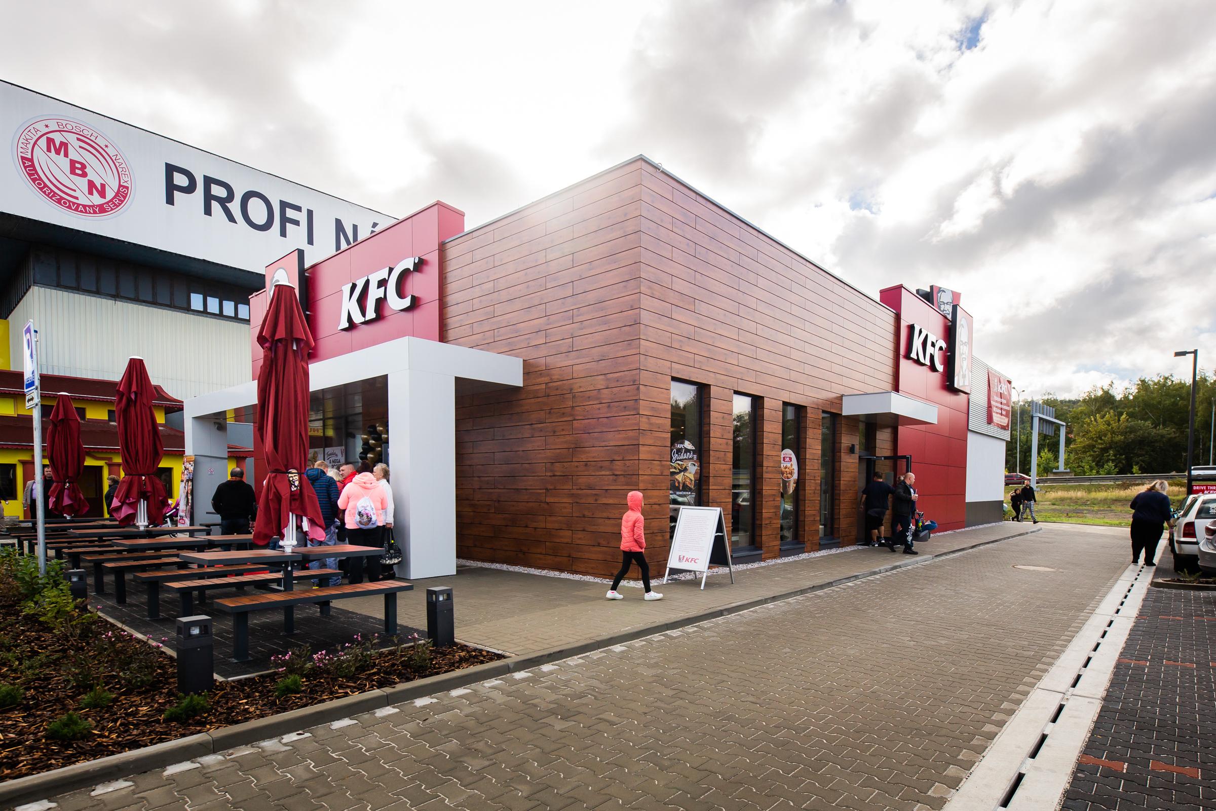 Nově otevřená provozovna KFC v Karlových Varech