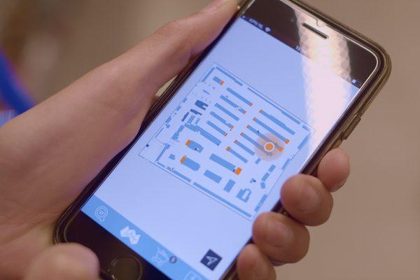 Ahold testuje navigaci obchodem, přes aplikaci Najdi můj produkt