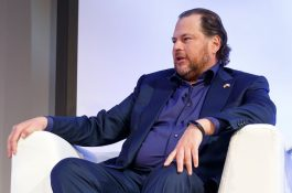 Časopis Time kupuje zakladatel Salesforce s chotí