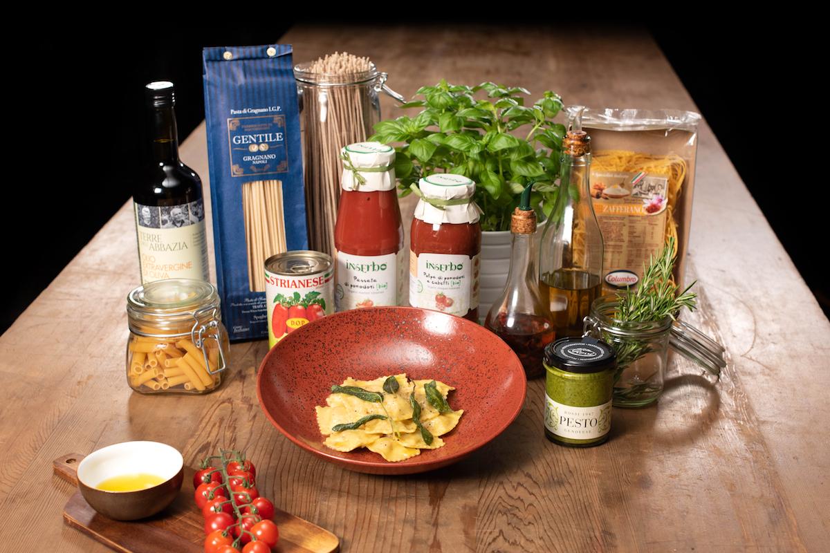 Těstoviny, omáčky a oleje z Wine Foodu