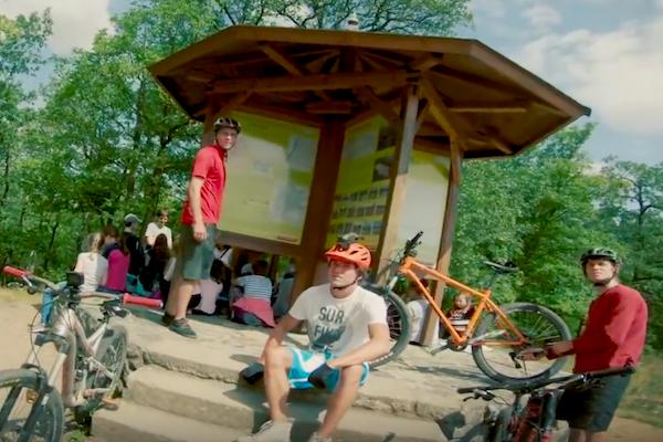 """""""Nejsi guma!"""" varují cyklisty čeští paraplegici"""