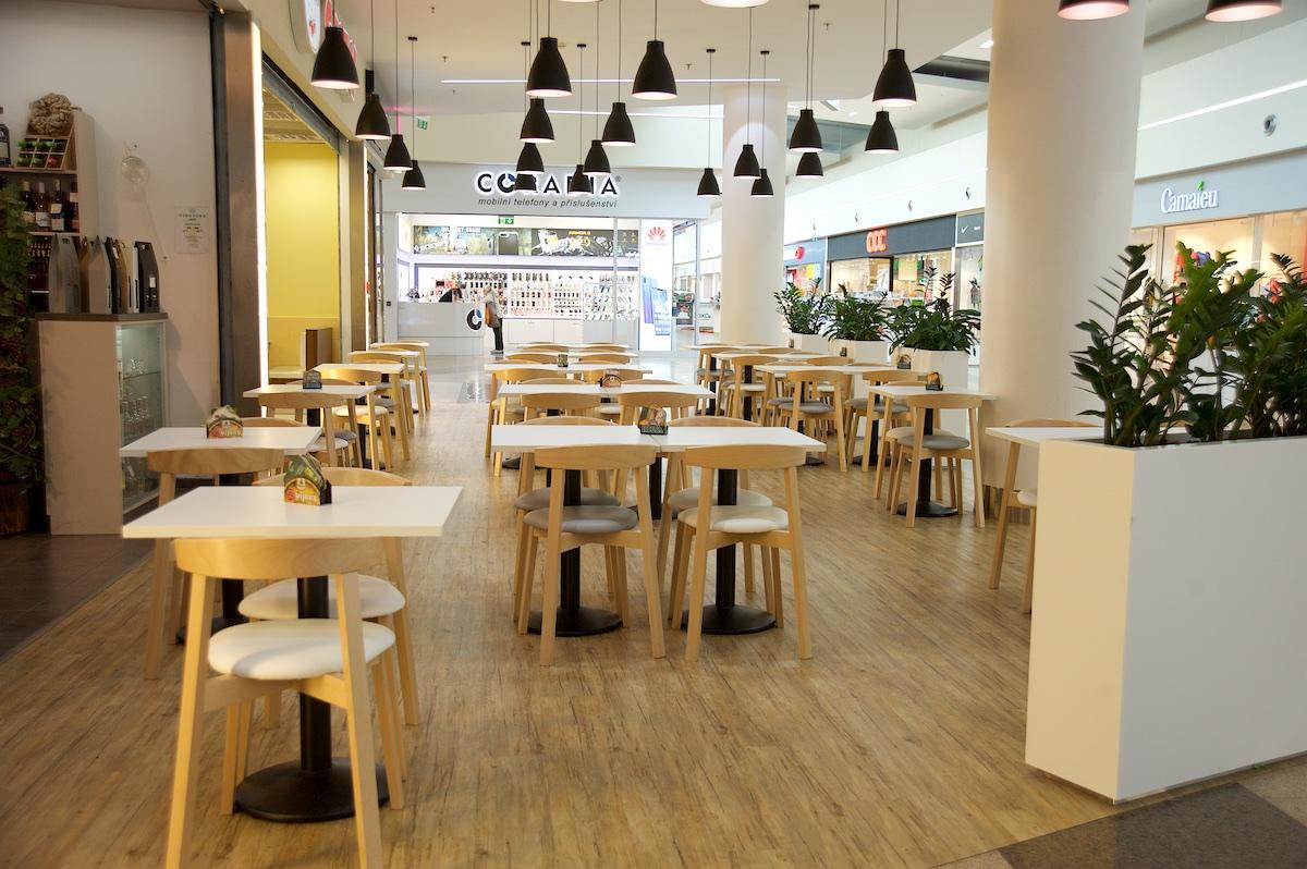 Nový food court českobudějovického Géčka