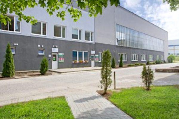 Centrální sklad firmy Jansen Display sídlí v severočeském Přestanově