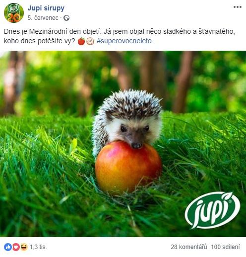 Ježek Vendelín a jablko