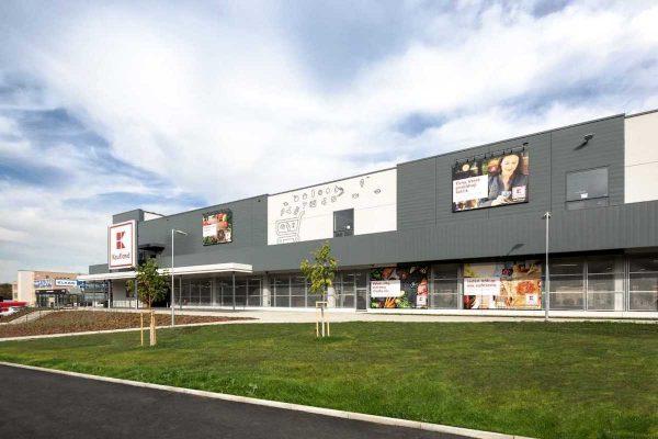 Kaufland otvírá svou desátou prodejnu v Praze, v Hloubětíně