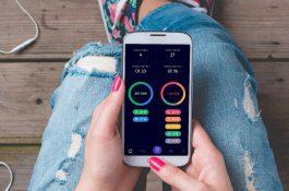 Creditas spouští multibanking Richee, Moneta přidává apku s víc bankami pro iOS