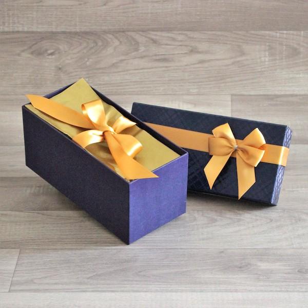 Balení krabice s mašlí